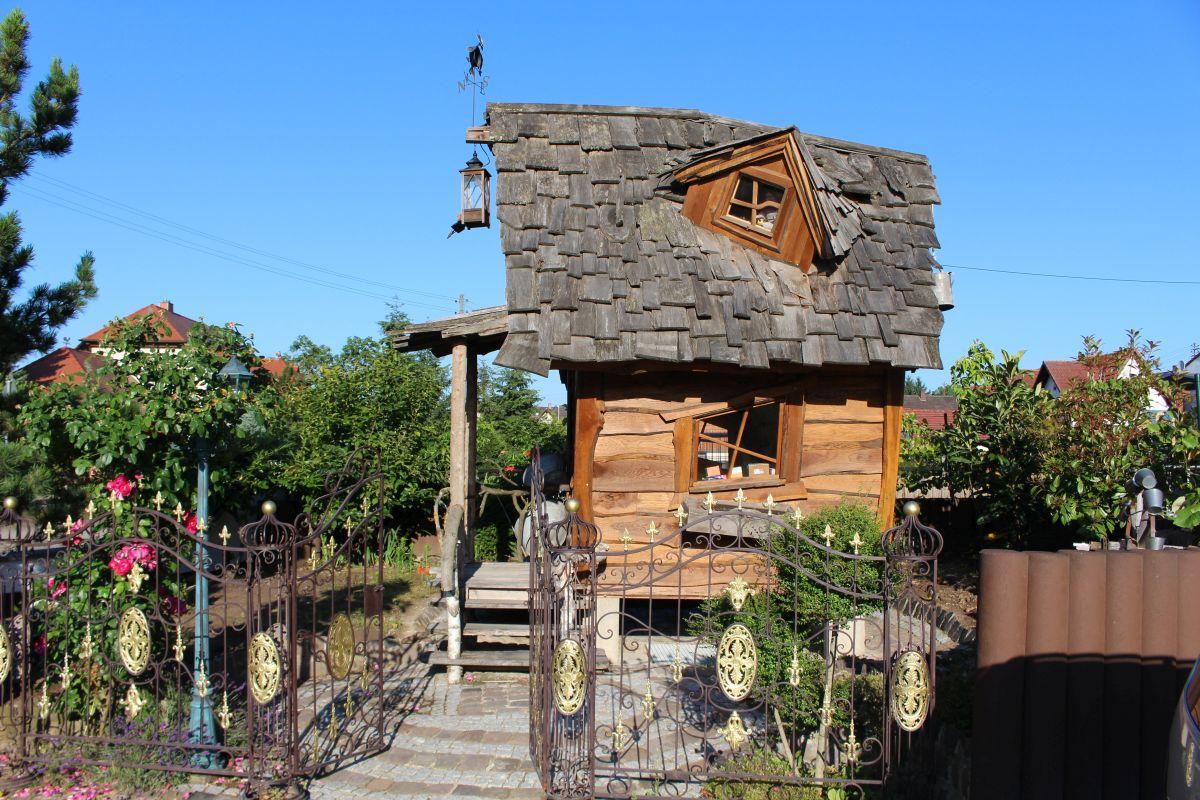 Hexenhaus mit Garten