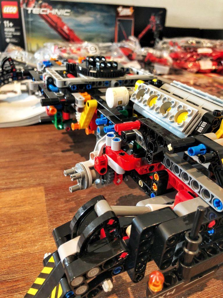 Ruff Terrain Crane Detailansicht Motor